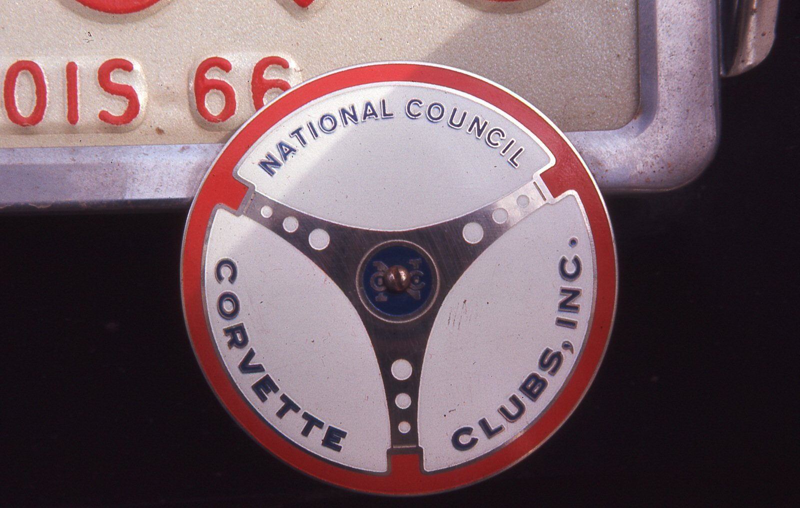 Mid-West Corvettes Member NCCC License Plate Badge