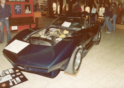 MWC 1980-04 #04 - South Park Mall Corvette Show