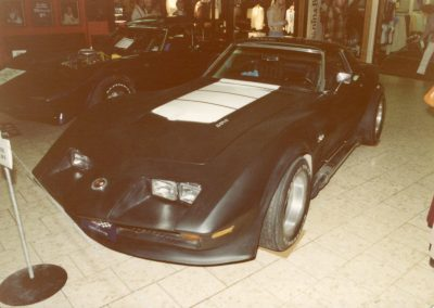 MWC 1980-04 #05 - South Park Mall Corvette Show
