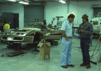 MWC 1981-01 #08 - At Eckler's Corvette Parts (Ralph Eckler short sleeves)