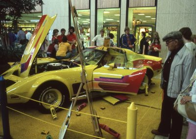 MWC 1982-07 #09 - South Park Mall - Car Show